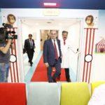 Inauguración sala de cine en Hospital Miguel Servet